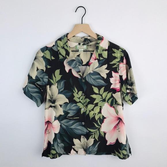 8be41ca2 Tommy Bahama   Vintage Hawaiian Floral Silk Top L.  M_5bcf91f4de6f62e66879e567